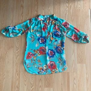 3/4 sleeve flower blouse
